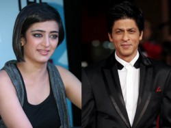 Sweet Pic When Shahrukh Khan Left Little Akshara Haasan Fascinated