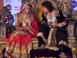 Ekta Kapoor Popular Tv Show Jodha Akbar Go Off Air