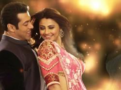 Latest Bollywood Gossip Salman Khan Shahrukh Khan Ajay Devgn