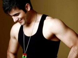 Karan Tacker To Be A Part Of Student Of The Year Sequel
