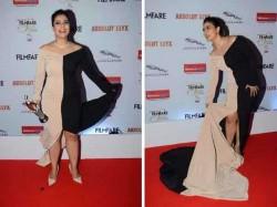 Kajol Filmfare Award Pics Are Going Viral For Hilarious Reasons