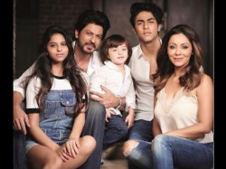 Shahrukh Khan Latest Family Pic Shared By Aryan Khan
