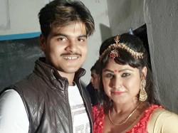 Bhojpuri Actress Priyanka Pandit Celebrates New Year In Bihar