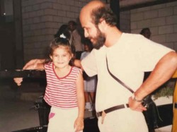 Jacqueline Fernandez Childhood Picture With Her Father