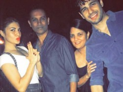 Sidharth Malhotra Jacqueline Fernandez Wrap Up The Shooting Of Reload