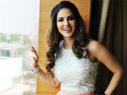 Sunny Leone Signs A Horror Comedy To Go On Floors In June
