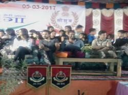Ajay Devgn Emraan Hashmi Interact Border Security Force