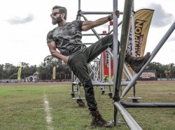 Suniel Shetty Latest Photoshoot Pictures Will Fail All Bollywood Stars