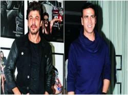 Big Clash Shahrukh Khan Rehnuma Vs Akshay Kumar Toilet Ek Prem Katha