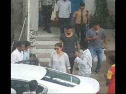 Cricketer Virat Kohli And Anushka Sharma Hang Out In Bangalore
