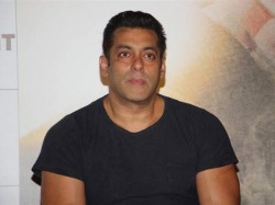 Salman Khan Statement On Om Puri And Baahubali During Tubelight Trailer Launching Event