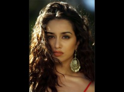Shraddha Kapoor Used To Give Blank Calls To Her Half Boyfriend