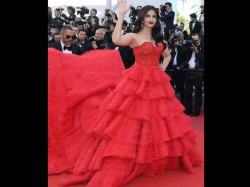 Cannes Film Festival 2017 Aishwarya Rai Bachchan Walks The Red Carpet In Hot Red