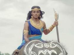 Aarambh Lead Actress Karthika Nair Dangerous Fighting Scene