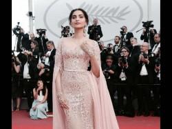 Cannes 2017 Aishwarya Rai Sonam Kapoor New Looks