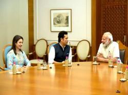 Sachin Tendulkar Meet Pm Narendra Modi Briefed About Film