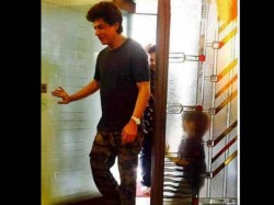Shahrukh Khan And Abram Both Spotted At Dentist Clinic