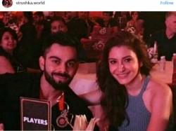Virat Kohli And Anushka Sharma Looks Adorable In Royal Challenger Bangalore 10 Year Celebration