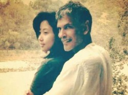 Milind Soman Is Dating A Woman Half Of His Age See His Girlfriend Pics