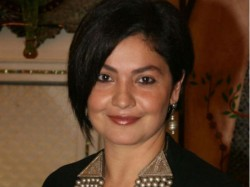 Pooja Bhatt Will Play The Role Of Alcoholic Cop Read Detail