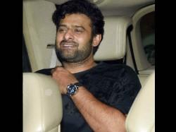 Baahubali Actor Prabhas Party Hard With Bollywood Stars