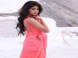 Shivangi Joshi Posted Sizzling Photo On Instagram
