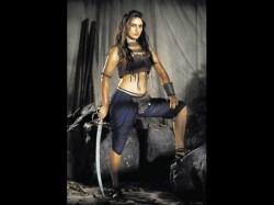 Fatima Sana Shaikh Turns Perfectionist Thugs Of Hindostaan