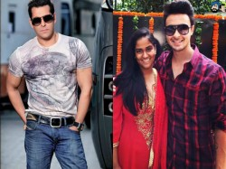 Mouni Roy Romance Aayush Sharma Not Salman Khan