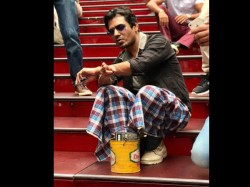 Nawazuddin Siddiqui Appeared In Babumoshai Bandookbaaz Look In Iifa
