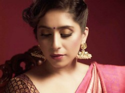 Twitter Spat Between Journalist And Singer Neha Bhasin