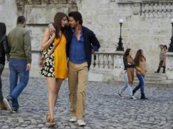 Shahrukh Khan Wanted Launch Hawayein Song From Jab Harry Met Sejal In Rain