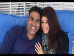 Twinkle Khanna Takes A Dig At Shahrukh Salman After Success Of Toilet Ek Prem Katha