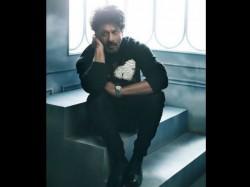 Shahrukh Khan S Kids Aryan Suhana Make Fun Of Him For Being Superstar