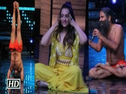 Sonakshi Sinha Baba Ramdev Judge Bhajan Reality Show