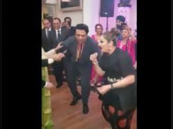 Govinda And Wife Sunita Dance On Kisi Disco Me Jayein And Its Beautiful