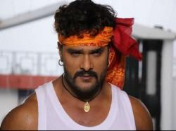 Shahrukh Khan Khesari Lal Yadav Movie To Clash On 4th August