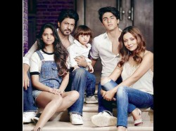 Shahrukh Khan Wanted To Show His Kids Old Delhi Flat But They Just Could Not Get In