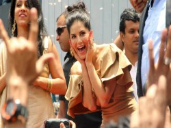 Sunny Leone Fans Went Crazy In Kochi