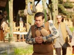 Salman Khan Returns Tubelight Money The Distributors