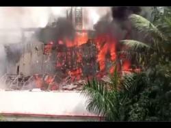 Fire Caught In Mumbai Rk Studio