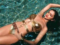 Hot Sexy Bikini Photos Deepika Padukone