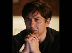Is Sunny Deol Disappointed With Amrita Singh Not Trusting Him In Sara Ali Khan Launch