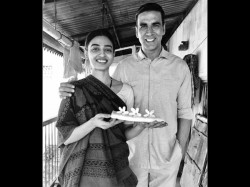 Sonam Kapoor Radhika Apte S Look From Akshay Kumar S Padman