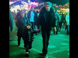 Shahrukh Khan And Abram Pic From London