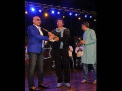 Awdhesh Mishra Gave His Best Villain Award To Sushil Kumar