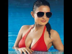 Actress Amisha Patel Trolled Her Bold Pictures