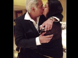 Intimate Picture Of Director Hansal Mehta With His Wife Went Viral