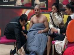 Bigg Boss 11 Priyank Sharma Naked Front Hina Khan