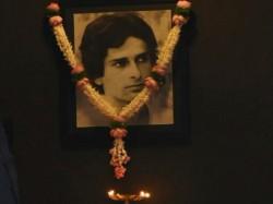 Bollywood Stars At Shashi Kapoor Prayer Meet
