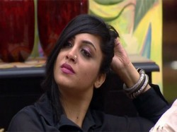 Bigg Boss 11 Fans Slam Arshi Khan Arguing With Salman Khan